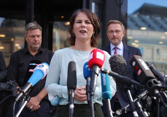 German Greens, FDP Hail 'Good Start' After More Coalition Talks