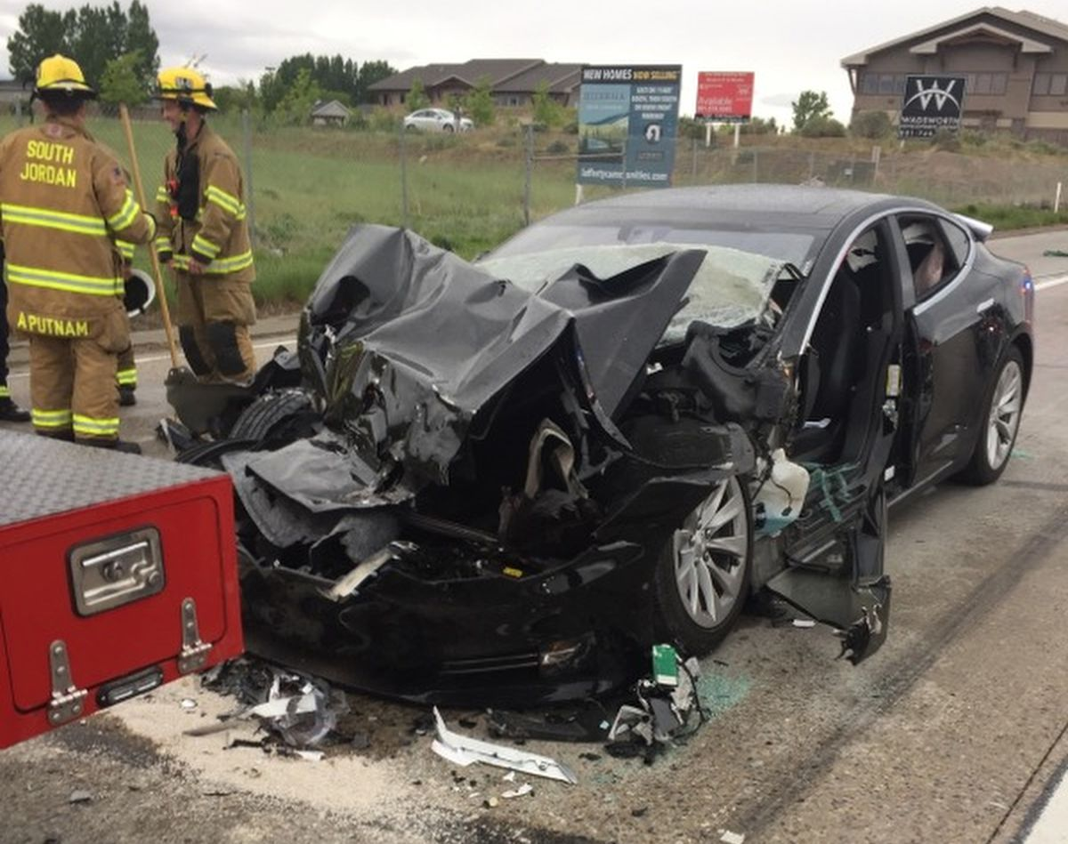 U.S. Auto Safety Agency Is Probing Utah Crash of Tesla on Autopilot