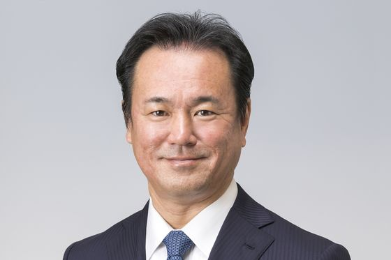 Toyota-Panasonic Battery Venture Slashes Costs to Take On China