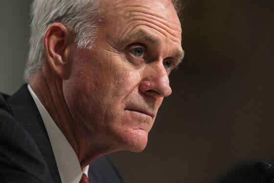 Bloomberg Gets Endorsement of Former Trump Navy Secretary