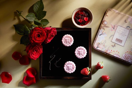 Luxury Mooncakes With Exotic Ingredients Are Selling Out Fast