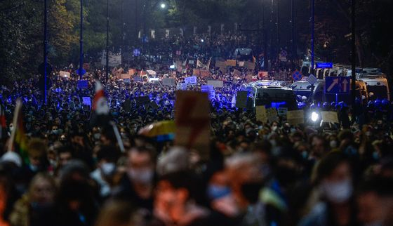 Warsaw Grinds to a Halt as Women Protest Abortion Curbs