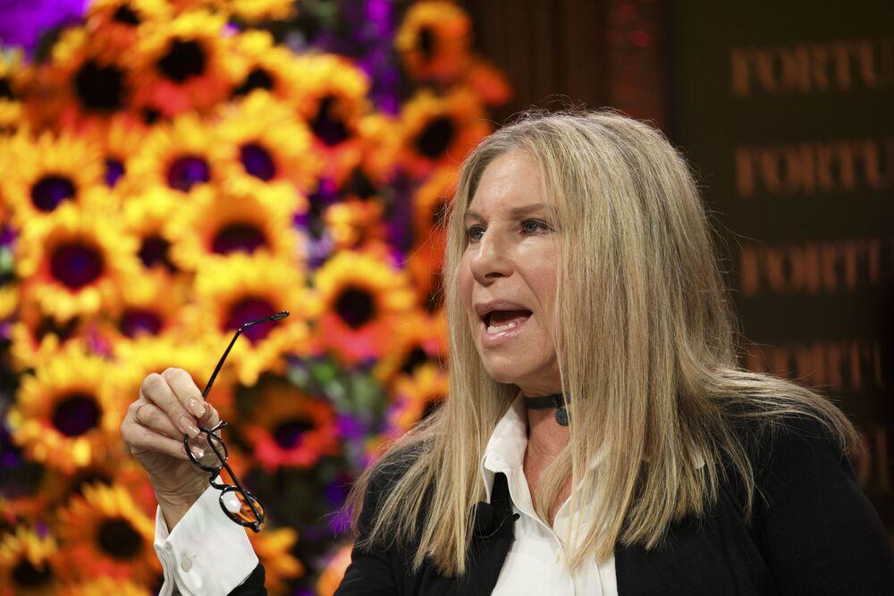 Barbra Streisand Taking Heat for Michael Jackson Remarks