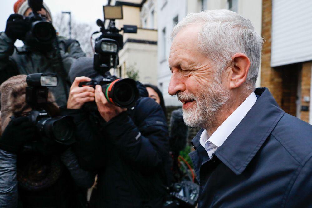 Could Corbyn's Brexit Boycott Help Win Labour the Next Election?