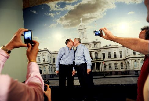 Gay Marriage Gets Review From U.S. Supreme Court for First Time