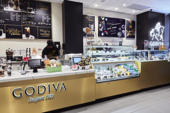 The Croiffle Invades Midtown Manhattan Thanks to the Godiva Cafe