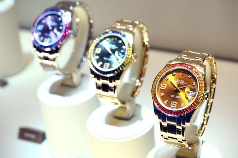 A Rolex through and through, but without the best qualities.