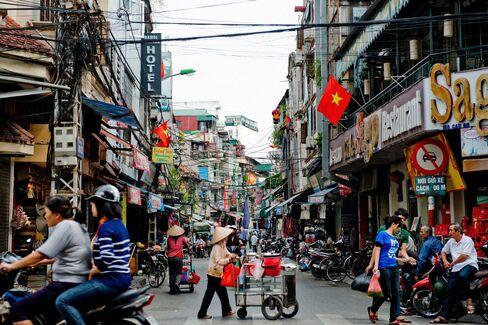 Vietnam Bank Fix Starts With $474 Million Debt