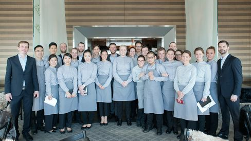To open a restaurant from January 9 to February 14, Noma's bright young team of over 60 cooks and servers moved to Japan.