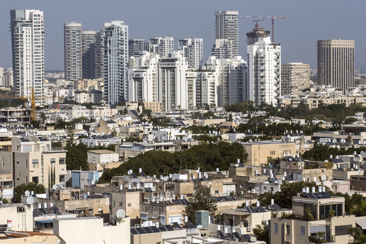 Behind Israel's High-Tech Reputation Is a Low-Tech Economy