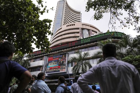 Images From the BSE As Sensex Rebounds After Indian Equities Plunged The Most In Six Years