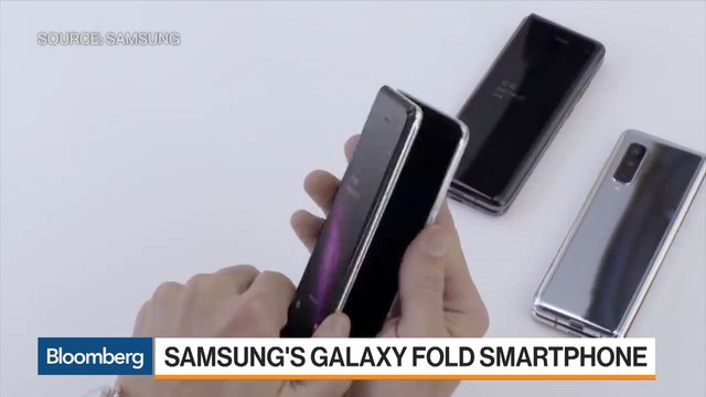 Hands-On With Samsung's $1,980 Galaxy Fold Smartphone