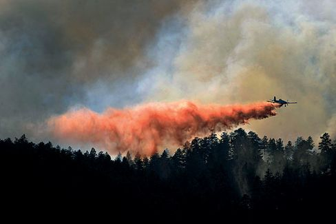 A Tough Year for Air Tankers and Wildfires