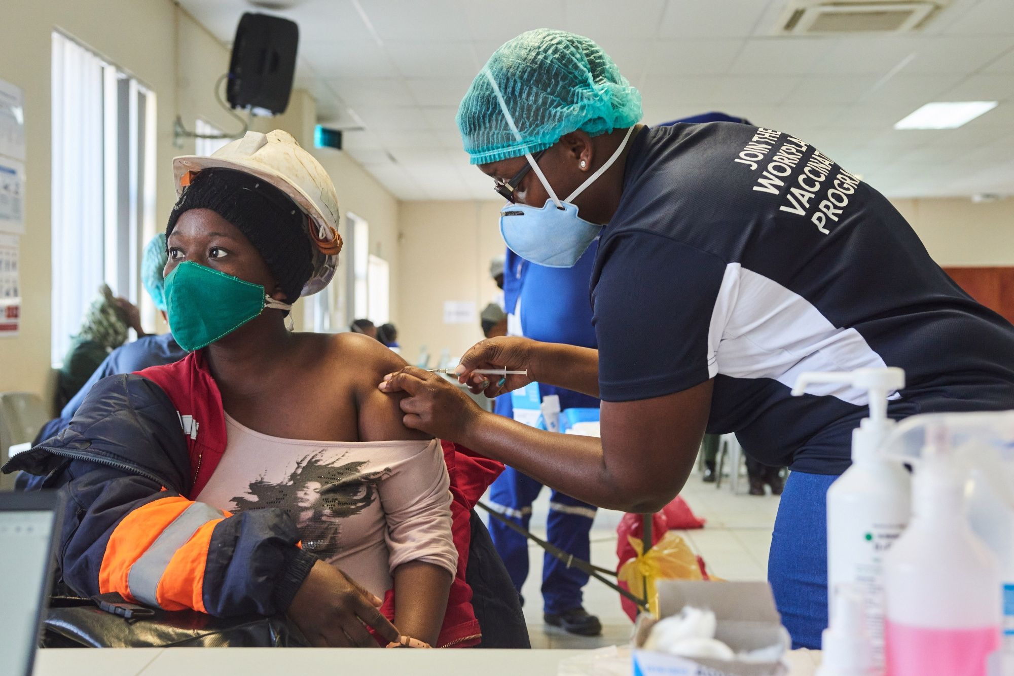 South African Mines Join Vaccination Effort