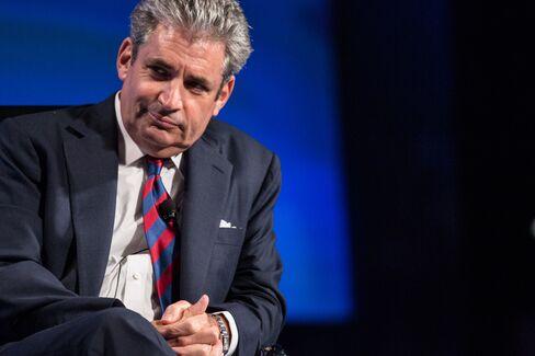 Travelers CEO Fishman Says Gloom to Pressure Economy