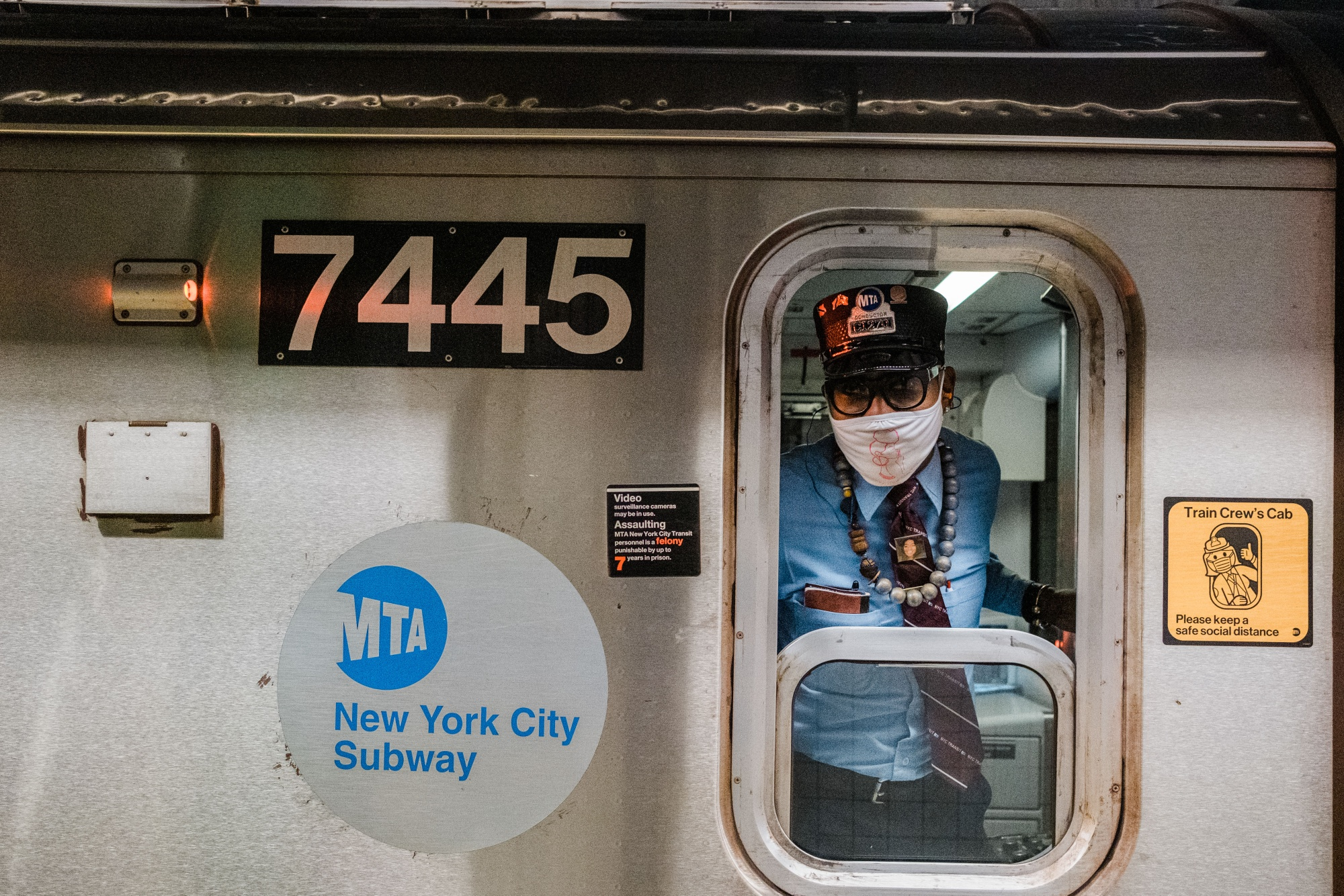 N Y Mta Borrows 2 9 Billion From Fed Before Window Closes Bloomberg
