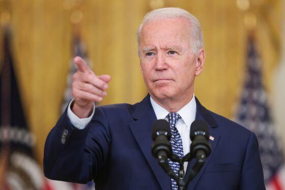 Biden's OPEC Plea Pits Fuel Price Fears Against Climate Push