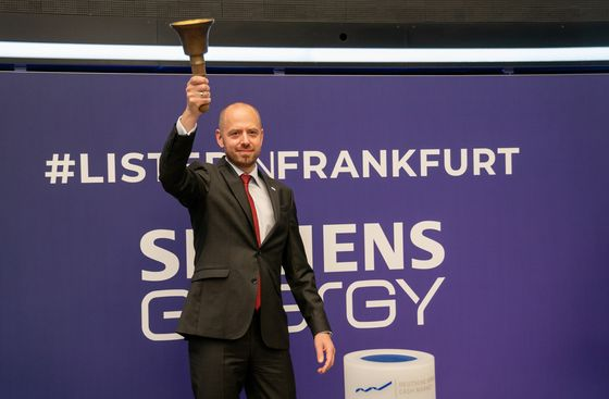 Siemens Energy Recovers After Initial Slump on Frankfurt Debut