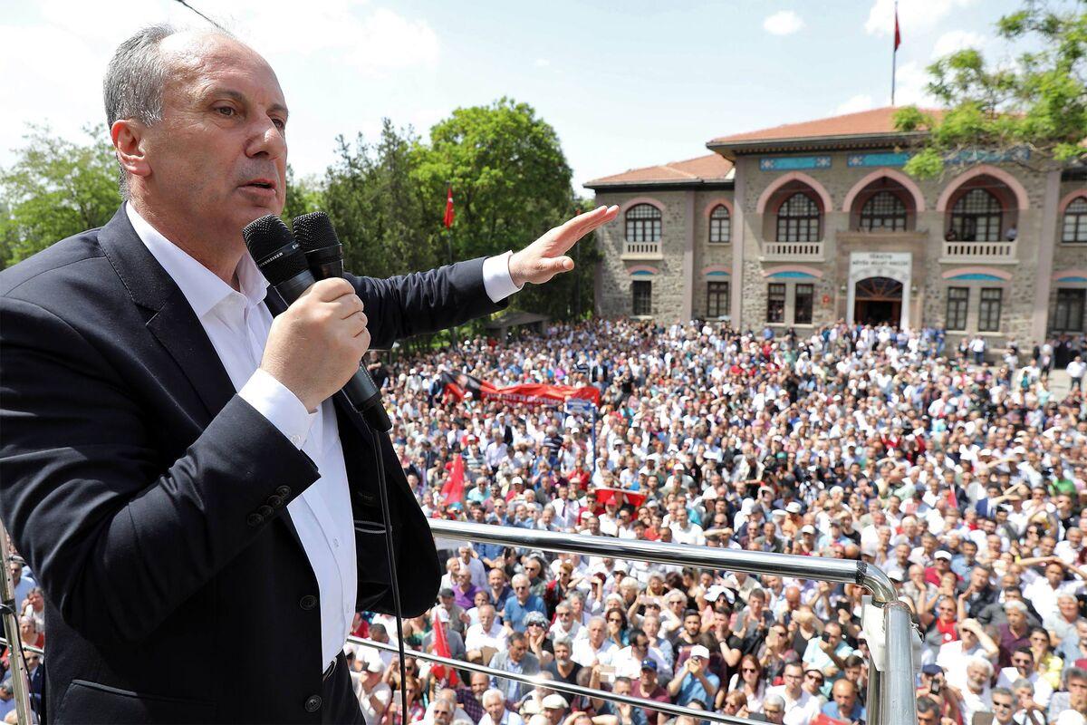 Combative Turkey Secularist Picked to Lead Challenge to Erdogan