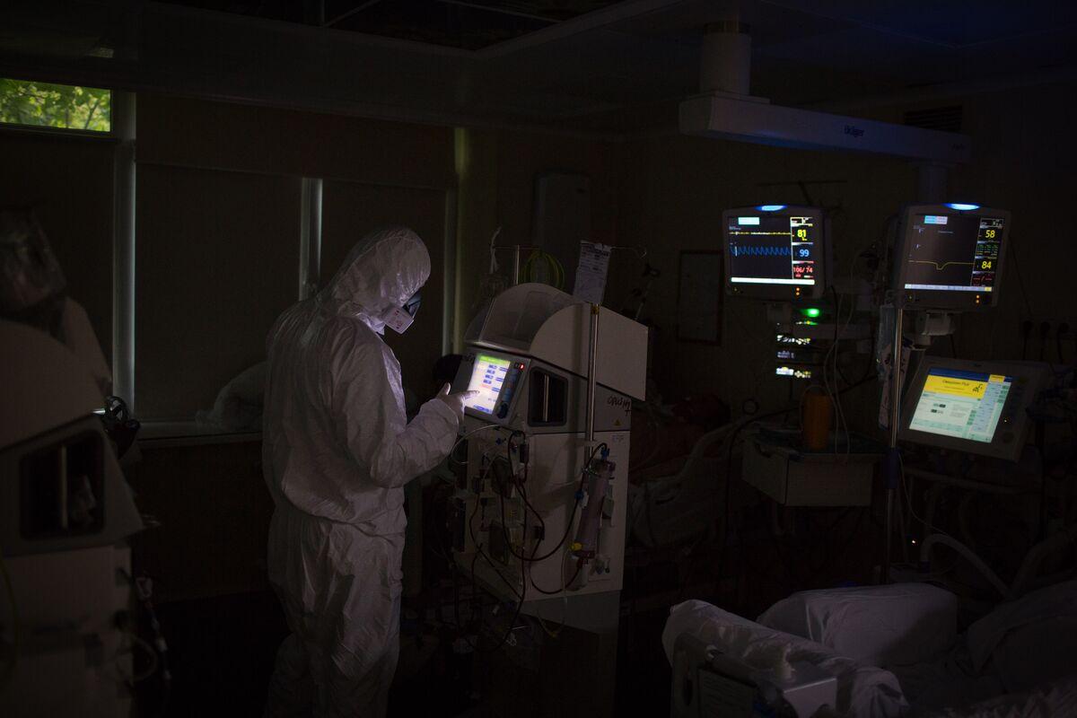 Industry Body Calls Russian Covid-19 Vaccine a Pandora's Box
