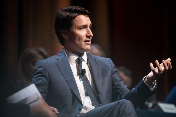 Lagarde, Melinda Gates Help Trudeau Focus G-7 Minds on Gender