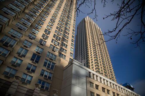 クシュナー・カンパニーが開発したジャージーシティーの高層ビル