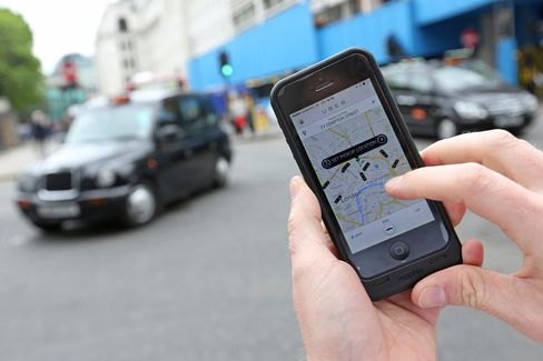 London Taxis Plan 10,000 Car Protest in June Over Uber App