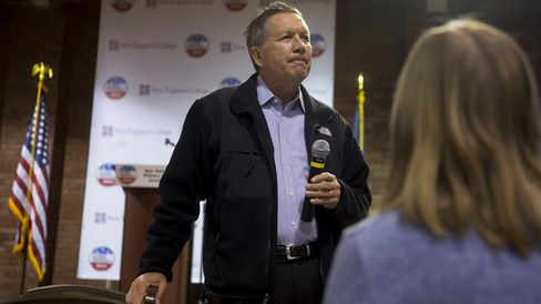 Ohio Governor John Kasich speaks in Manchester, New Hampshire, on Jan. 5, 2016.