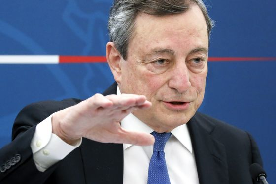 Draghi Unveils Italian Reopenings in Bet on 'Good Debt'