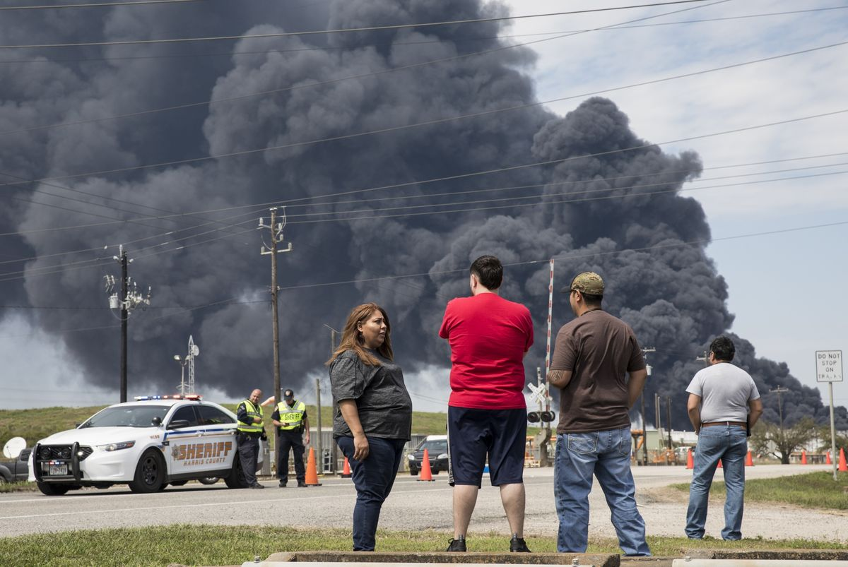 Houston Fire: Oil Tank Fire Sends Black Smoke Into Texas Sky