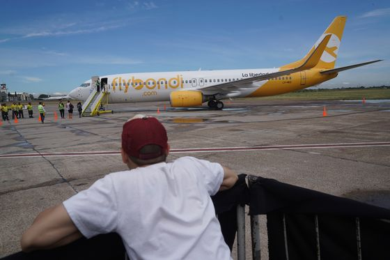 Argentina's Flybondi Bets on Local Flights to Survive Virus