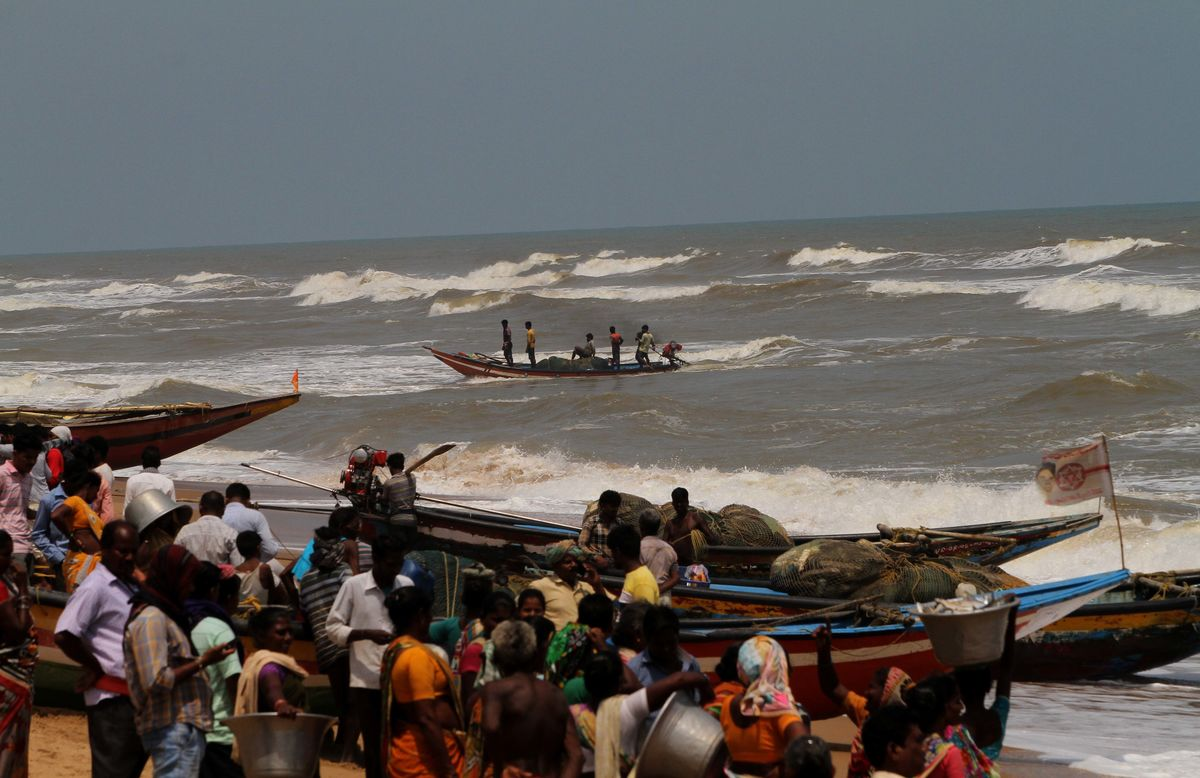 India Begins Evacuating Almost 1 Million for Cyclone Fani