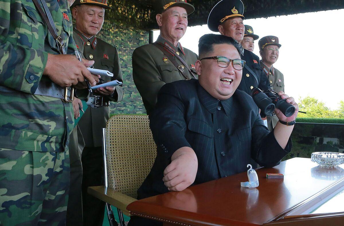 Trump Scorns 'Madman' Kim After Threat of H-Bomb Test in Pacific