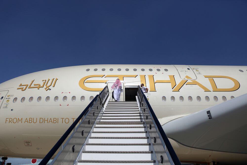 Etihad Airways criará uma transportadora de baixo custo