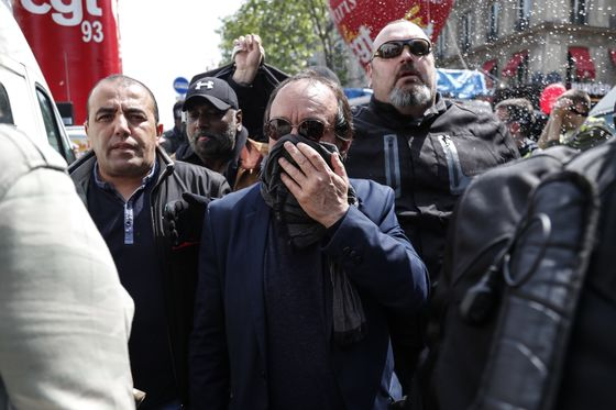 Violence Mars Start of France's May Day Demonstrations in Paris
