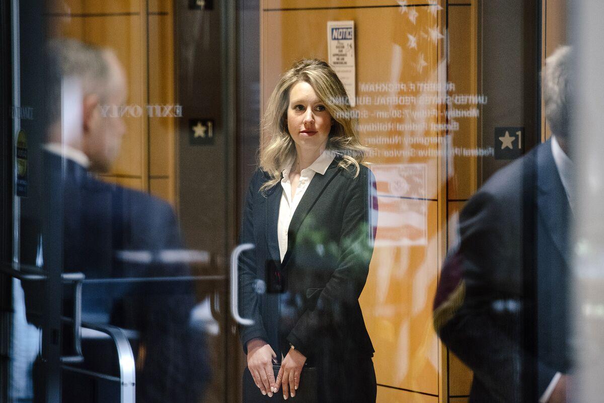 Elizabeth Holmes Phones In Her Defense After Civil Lawyers Quit
