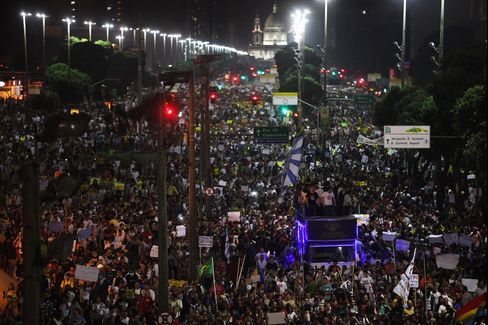 Brazilian Revolt Claims First Fatality as Protests Turn Violent