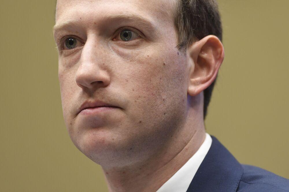 Mark Zuckerberg Is More Ruthless Than Clueless