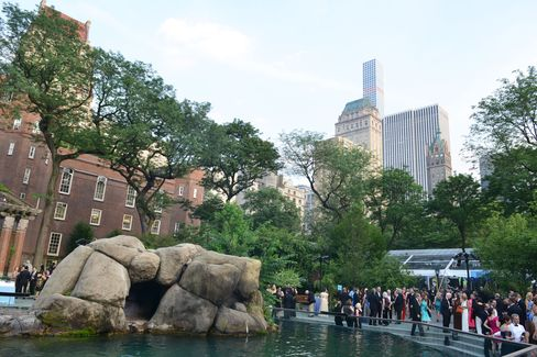 At Central Park Zoo for the Wildlife Conservation Society gala. Photographer: Amanda Gordon/Bloomberg