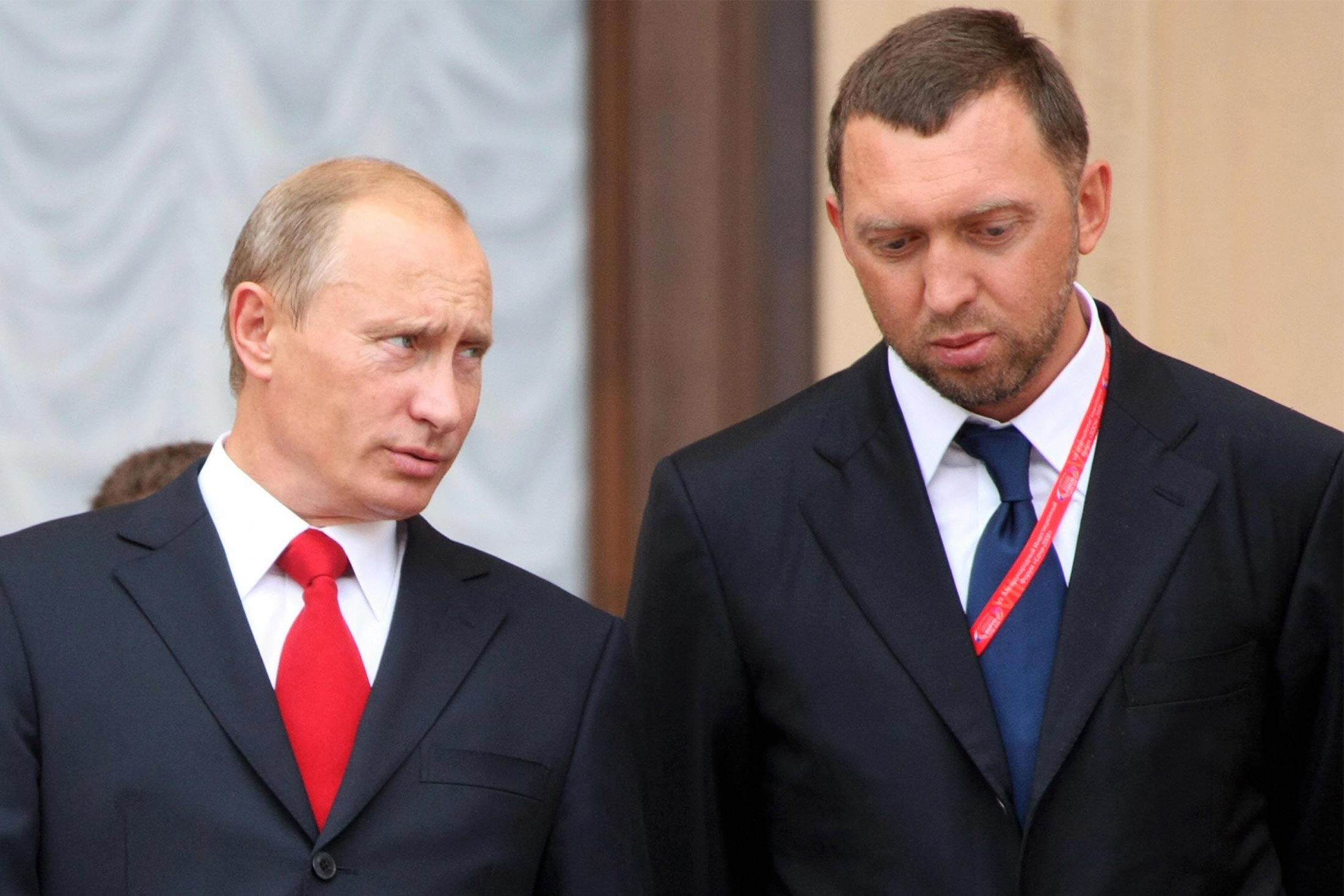 bloomberg.com - Yuliya Fedorinova - U.S. Sanctions Are Driving Russian Billionaires Into Putin's Arms
