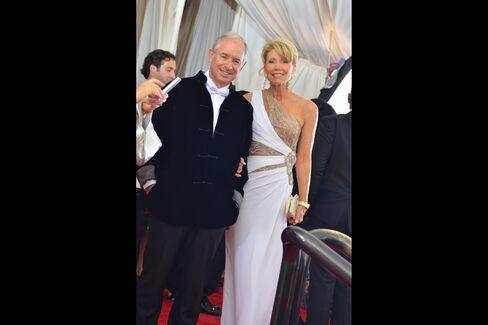Steve and Christine Schwarzman. Photographer: Amanda Gordon/Bloomberg