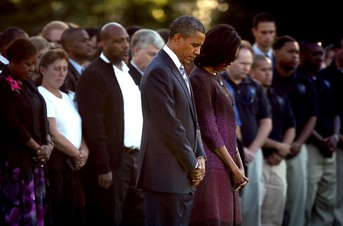 Obama Pays Tribute to Sept. 11 Victims at White House, Pentagon