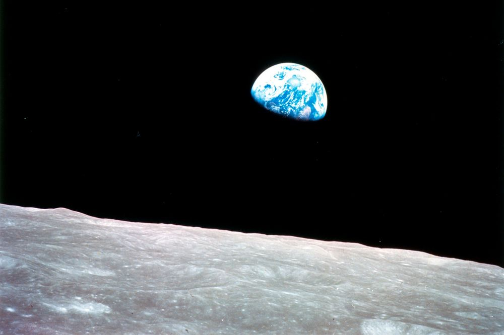 NASA Studying Manned Trip Around the Moon After Prod From Trump