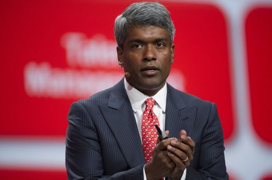 Oracle's Thomas Kurian Is at Odds With Larry Ellison on Cloud