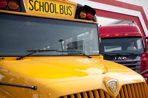 Navistar Sees $73 Billion Making School Bus Safe in China