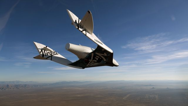 Branson's Virgin Galactic Space-Tourism Venture to Go Public