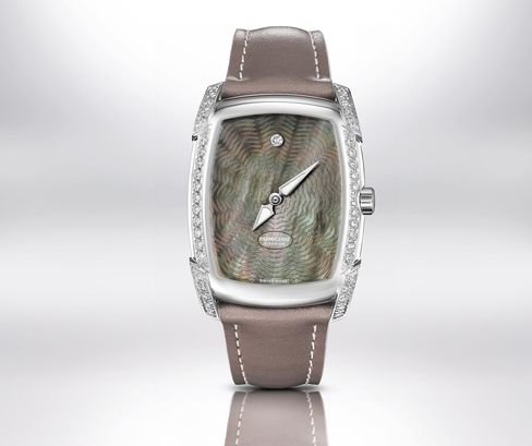 A dark mother-of-pearl version of the Kalpa Donna Anniversaire.
