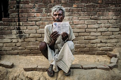 India's Poor Starve as Politicians Steal Their Food