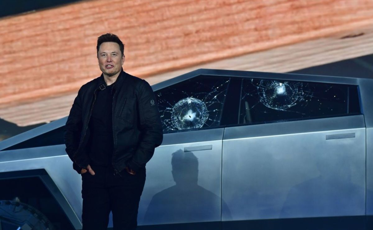 bloomberg.com - Craig Trudell - Musk's Showy Events Gin Up Hype Tesla Doesn't Always Live Up To
