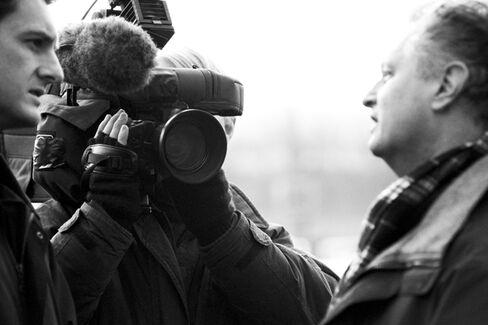 Could Kickstarter Crowdfund Journalism?